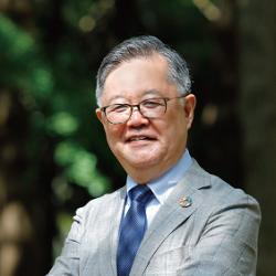 Shimazaki_director